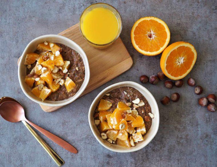 Schokoladiges Zucchini-Orangen-Porridge