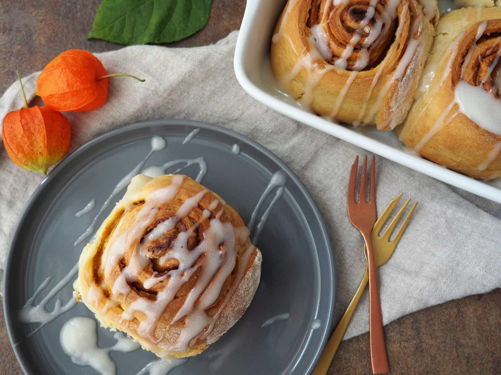 Vegane Kürbisschnecken / Pumpkin Spice Rolls
