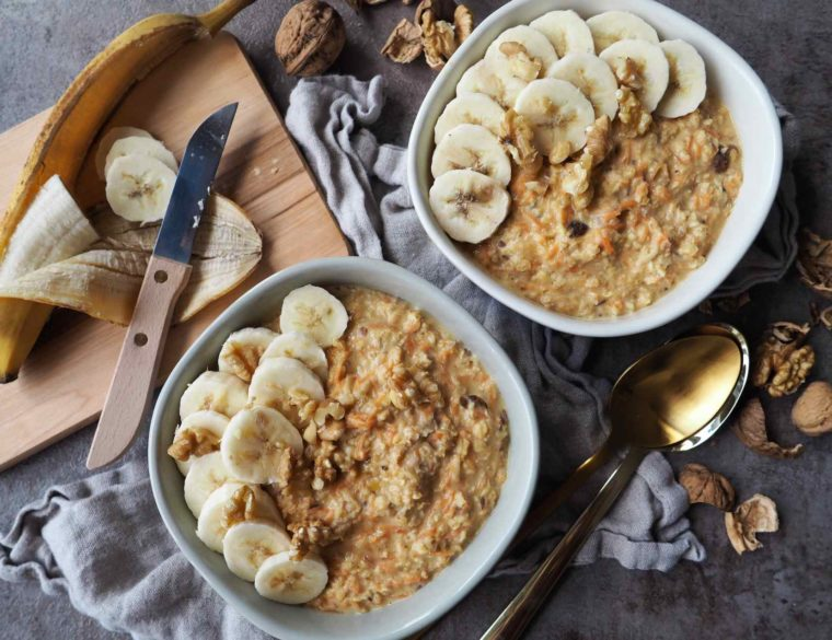Veganes Apfel-Möhren-Porridge mit Ingwer Titelbild