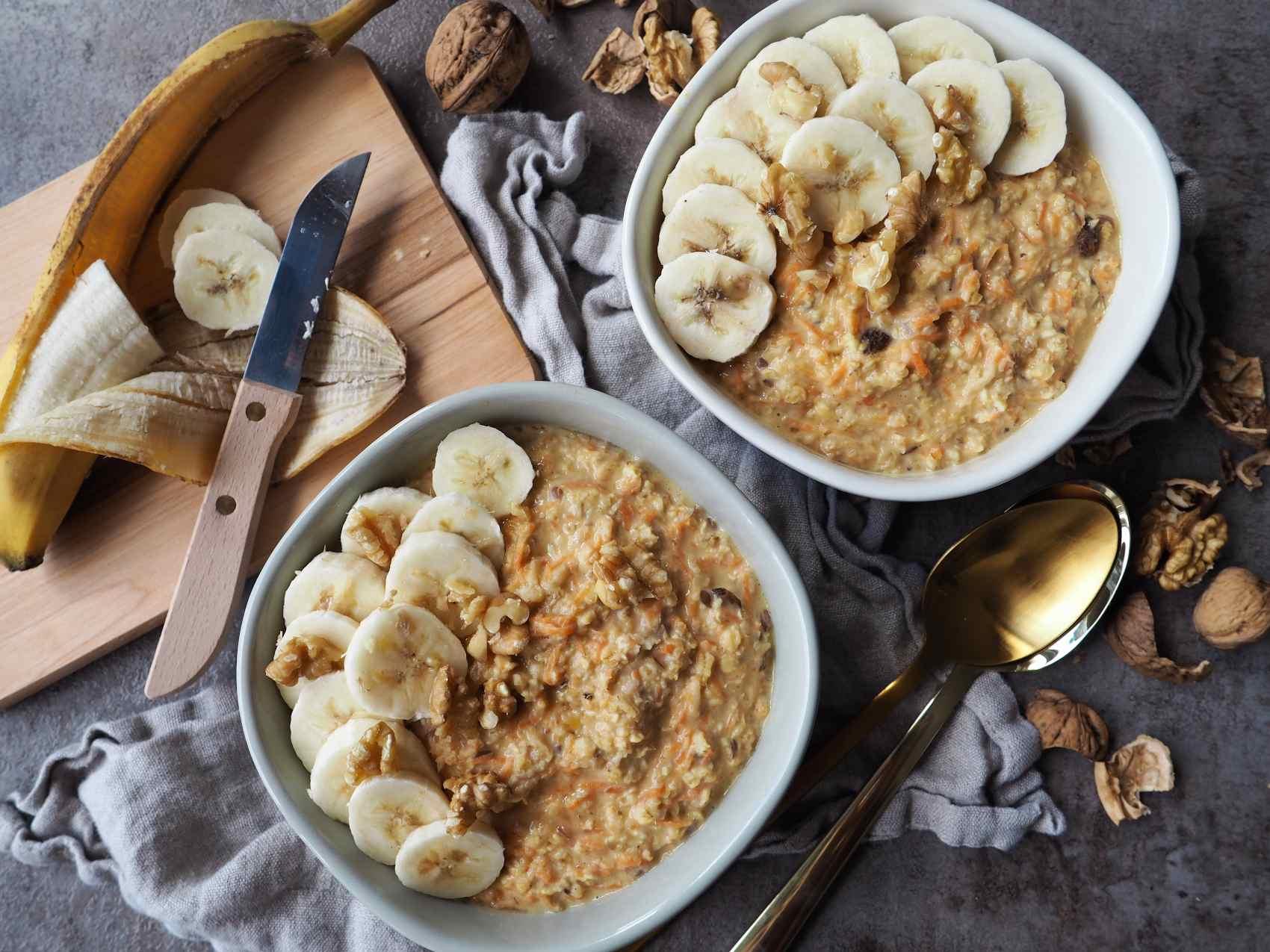 Veganes Apfel-Möhren-Porridge mit Ingwer