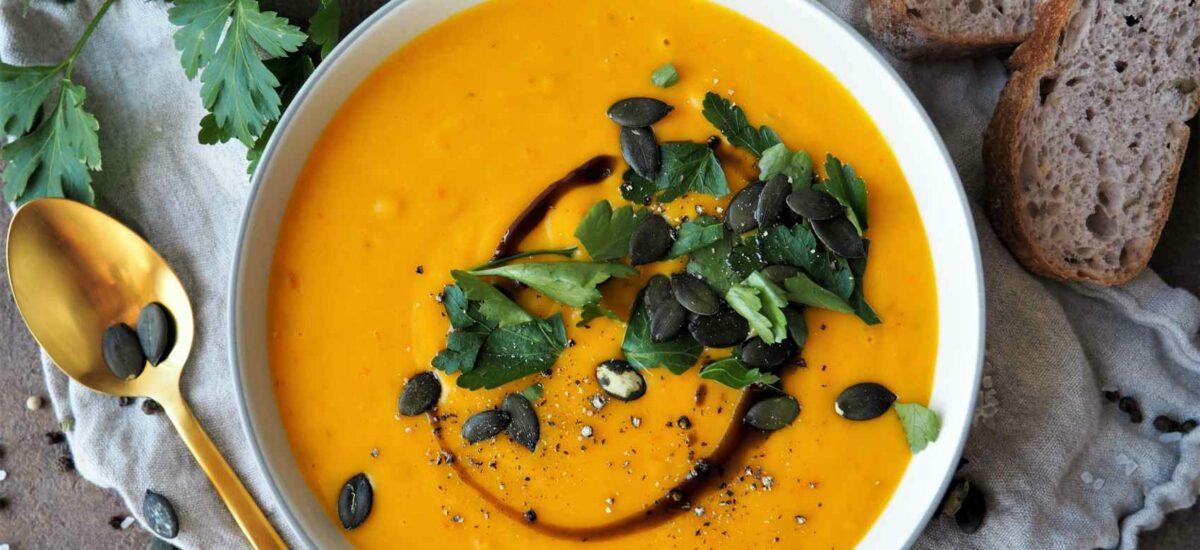 Cremige Kürbissuppe – schnell, einfach & vegan